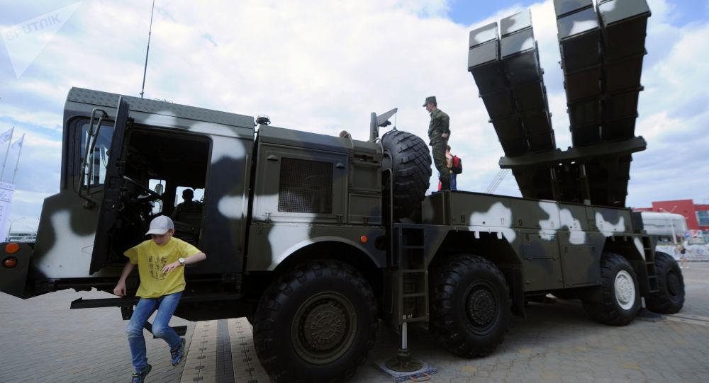 راجمة صواريخ بولونيز