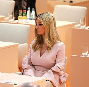 إيفانكا تجلس مكان ترامب في قمة العشرين