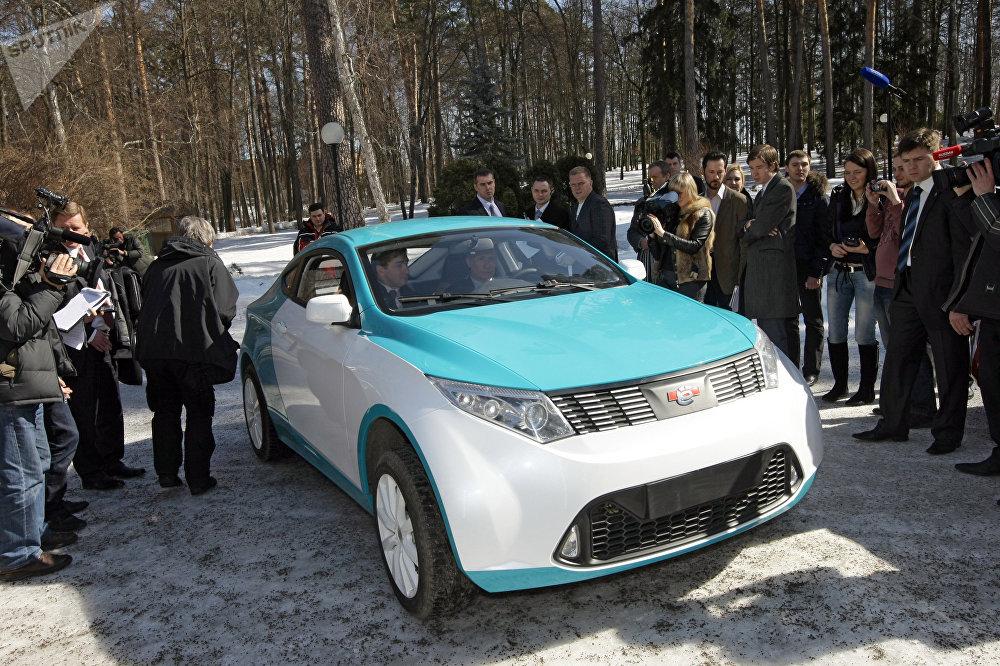 بوتين في سيارة يو موبايل