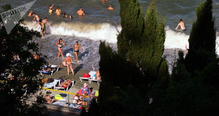 السياحة في القرم - قرية بارتينيت