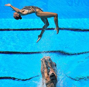 فريق روسيا للألعاب الأولمبية في السباحة الإيقاعية في بودابشت