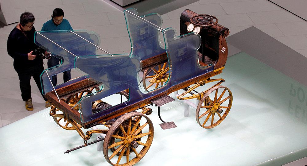أول سيارة بورش في العالم