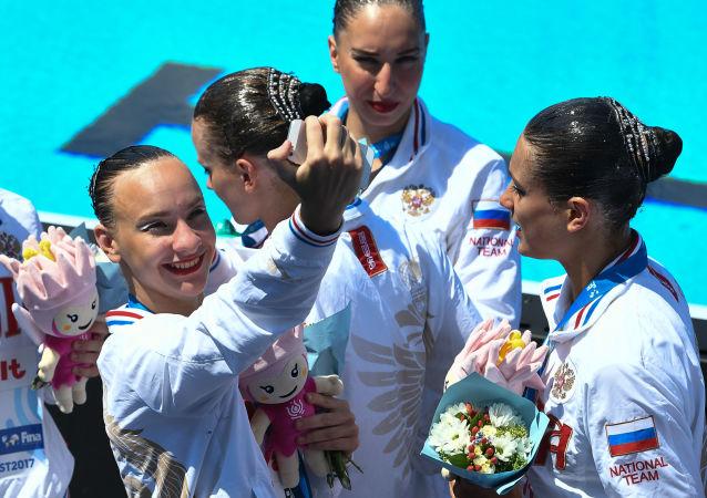 بطولة العالم للسباحة الإيقاعية في بودابست - الفريق الروسي