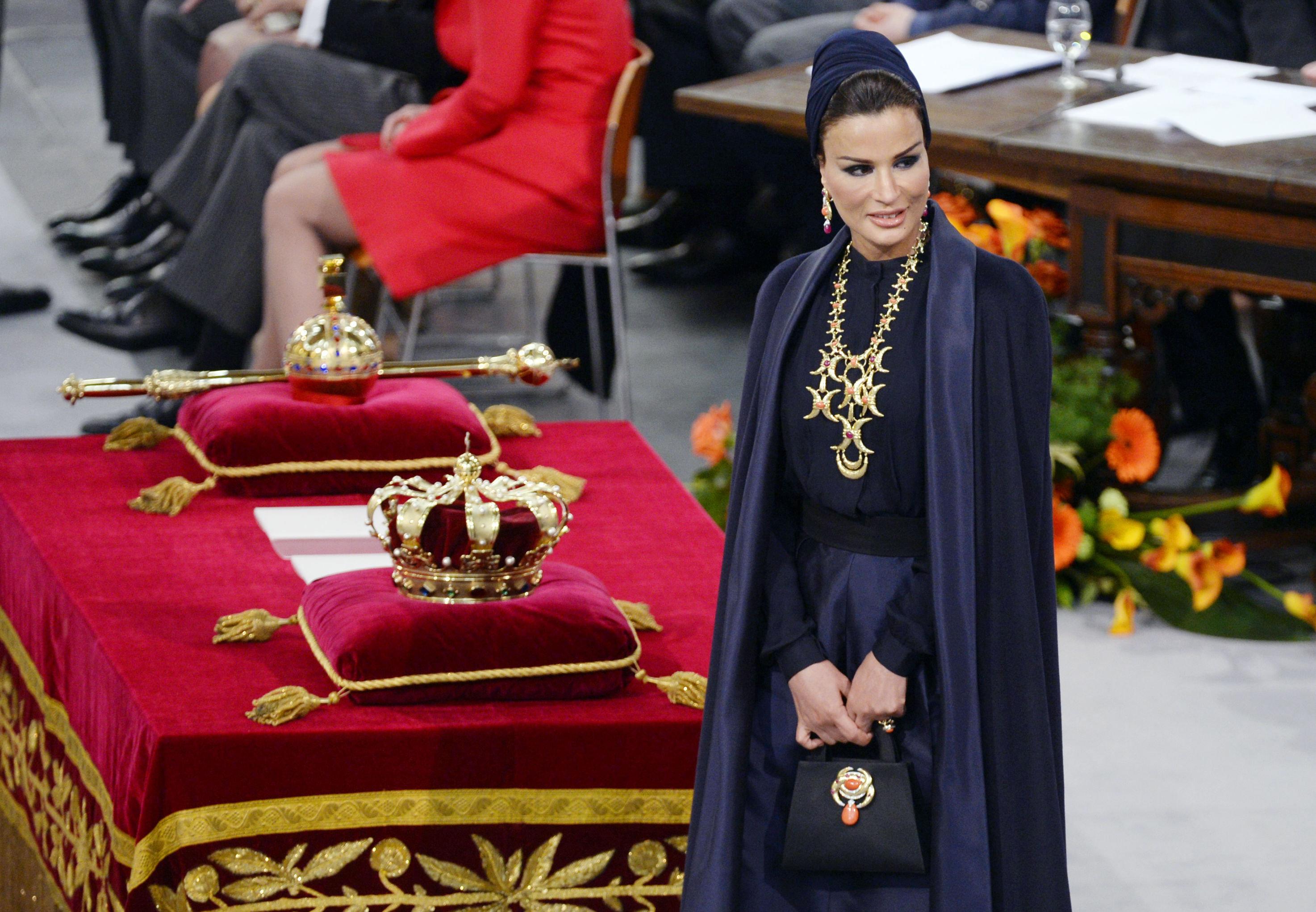 زوجة أمير قطرالشيخة موزا بنت ناصر المسند