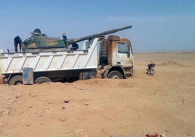 آلية غريبة للمسلحين السوريين