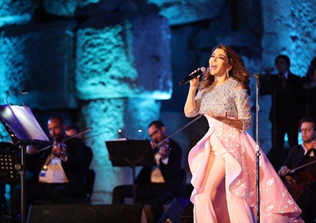 سميرة سعيد في مهرجان بعلبك