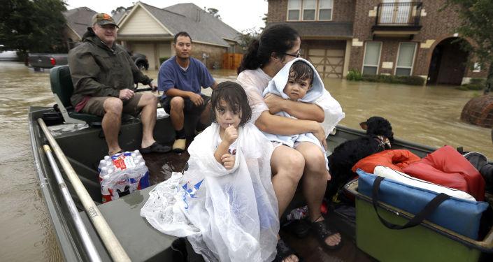 تداعيات إعصار هارفي في ولاية تكساس، الولايات المتحدة الأمريكية، 28 أغسطس/ آب 2017