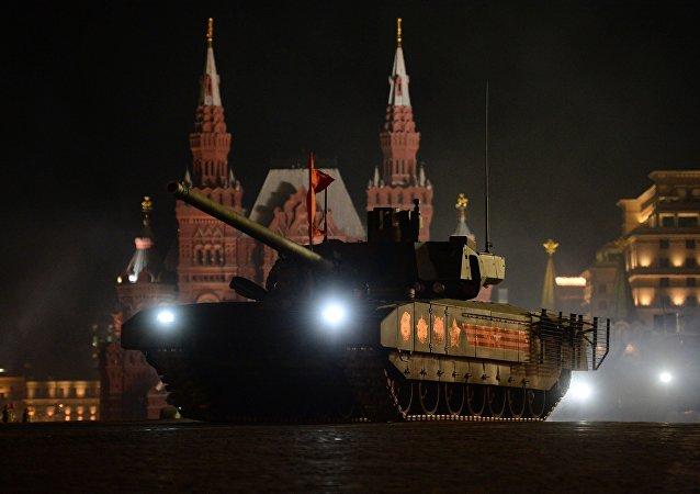 دبابة ت - 14