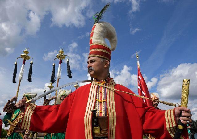 مهرجان سباسكايا باشنيا الدولي للموسيقى العسكرية على الساحة الحمراء في موسكو - فريق أوركيسترا من تركيا
