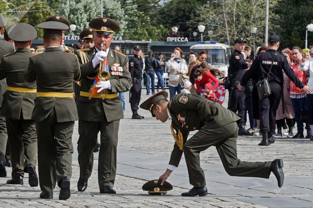 مهرجان سباسكايا باشنيا الدولي للموسيقى العسكرية على الساحة الحمراء في موسكو - فريق أوركيسترا عسكري من أرمينيا