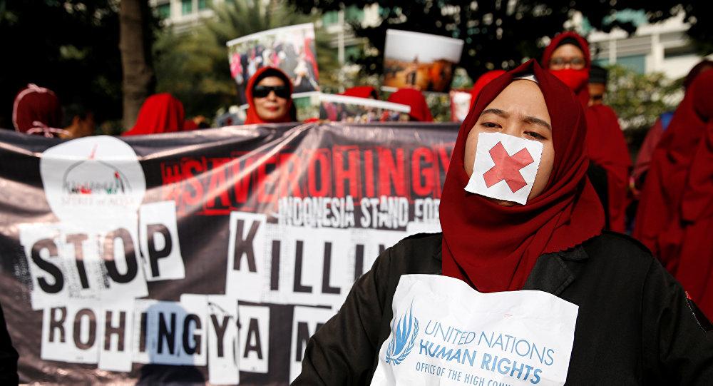 متظاهرون في إندونيسيا يقفون مع ضحايا ميانمار