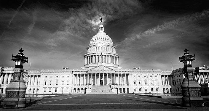 مبنى الكونغرس الأمريكي في واشنطن