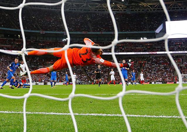 مباراة إنجلترا وسلوفاكيا