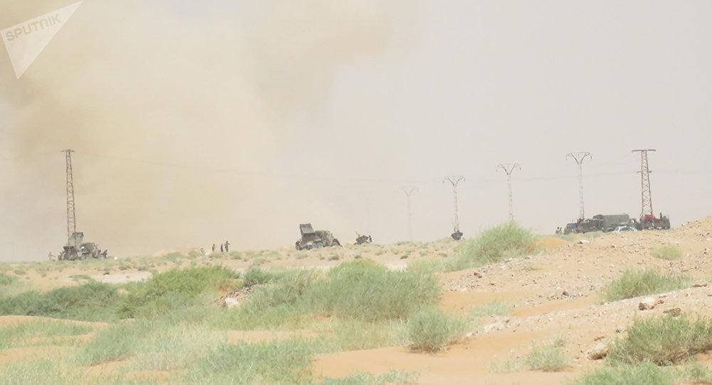 الجيش السوري يلاحق داعش في دير الزور ويحرر المزيد