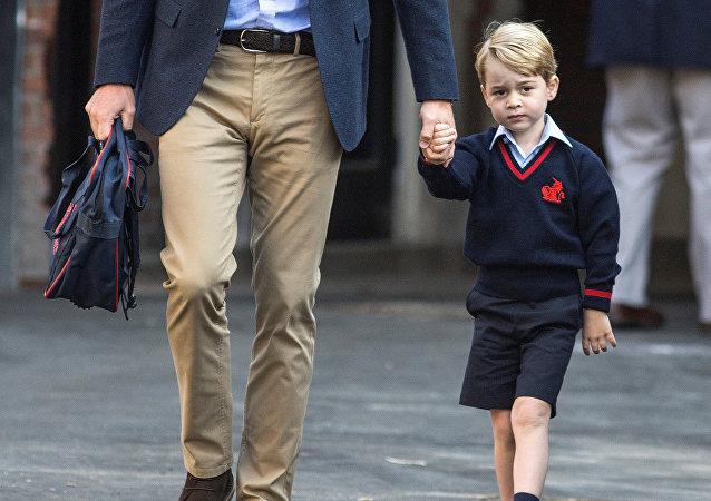 الأمير جورج في أول أيام الدراسة