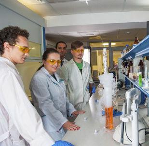اختراع جديد يحدد مرض السرطان في 10 ثواني