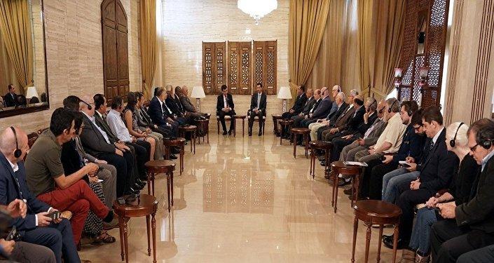 لقاء الأسد ووفد الملتقى النقابي الدولي
