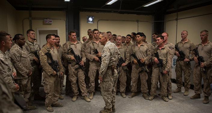 ضباط أمريكيون