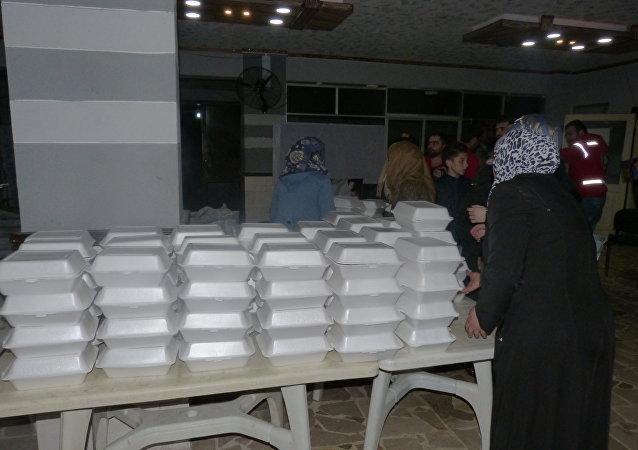 المساعدات الإيرانية تصل لسكان دير الزور
