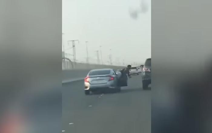سقوط شاب