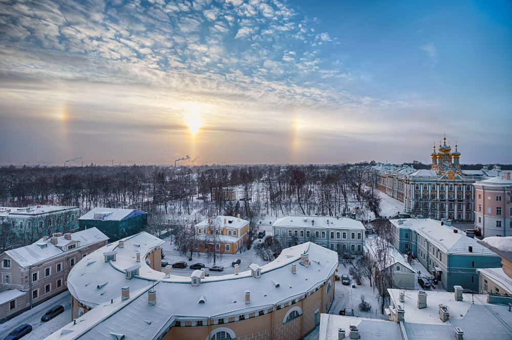 الشمس المخادعة في الشتاء البارد للمصور، ألكساندر كازاكيفيتش، الذي دخل في نهائيات مسابقة مصور الطقس لعام 2017