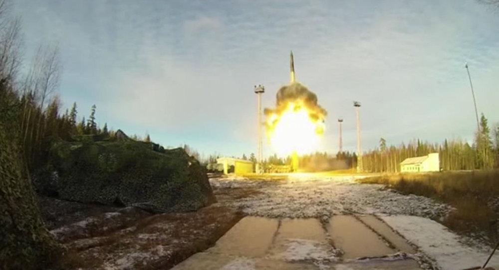 تجربة إطلاق الصاروخ