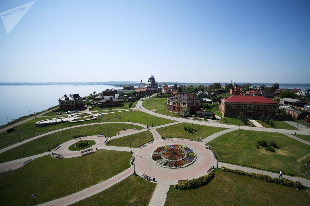جزيرة أوستروف-غراد في سفياجينسك، روسيا