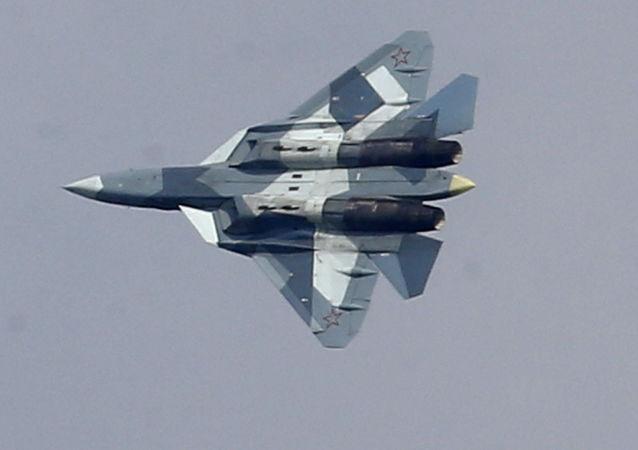 مقاتلة سو-57