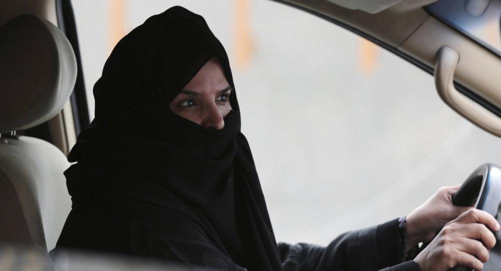 السماح بقيادة السيارات للمرأة السعودية، السعودية