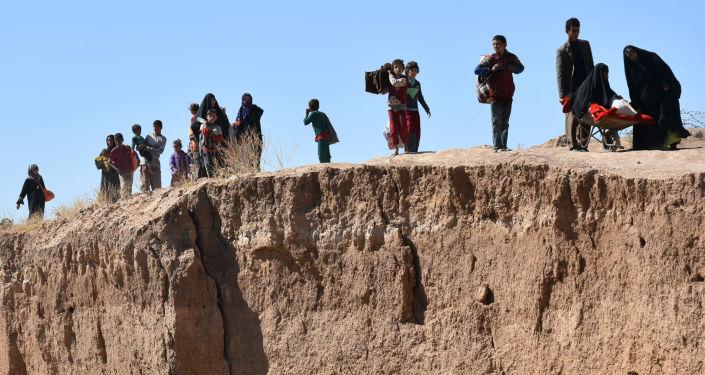 نازحون عراقيون يفرون من منطقة الزرقة جنوب كركوك، العراق 4 أكتوبر/ تشرين الأول 2017