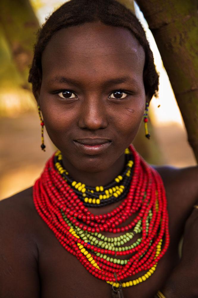 كتاب أطلس الجمال (The Atlas of Beauty) - صورة لفتاة من اثيوبيا