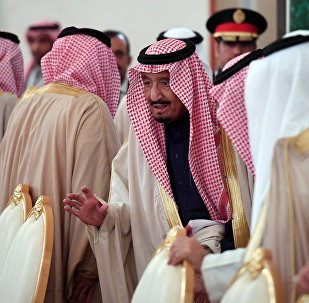 الملك سلمان خلال زيارته إلى روسيا