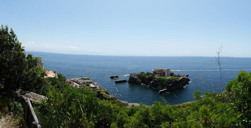 جزيرة غايولا الملعونة