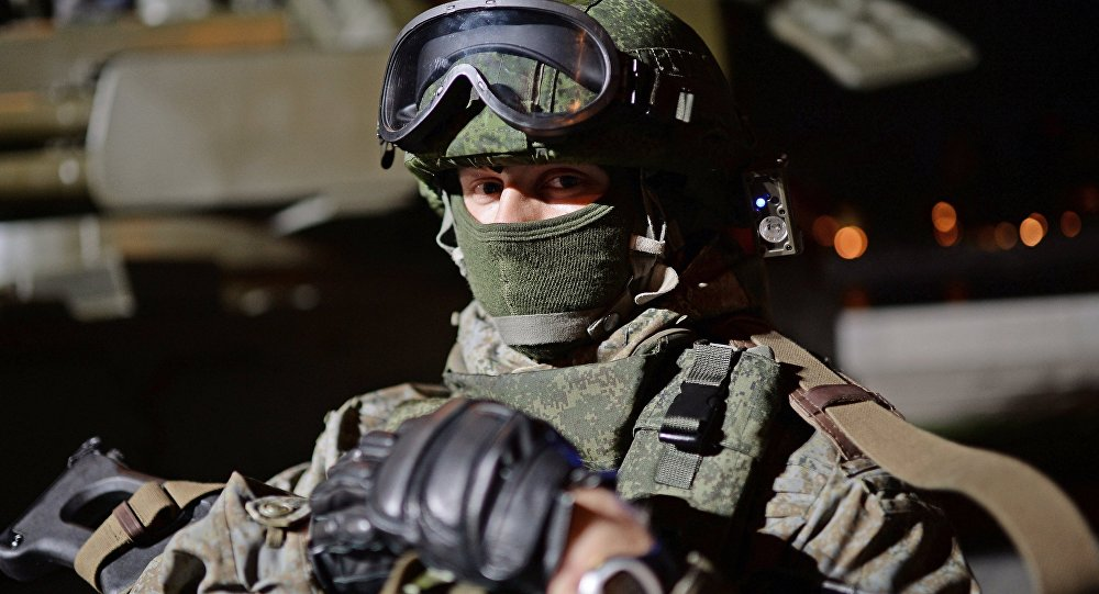 أحد عناصر الجيش الروسي