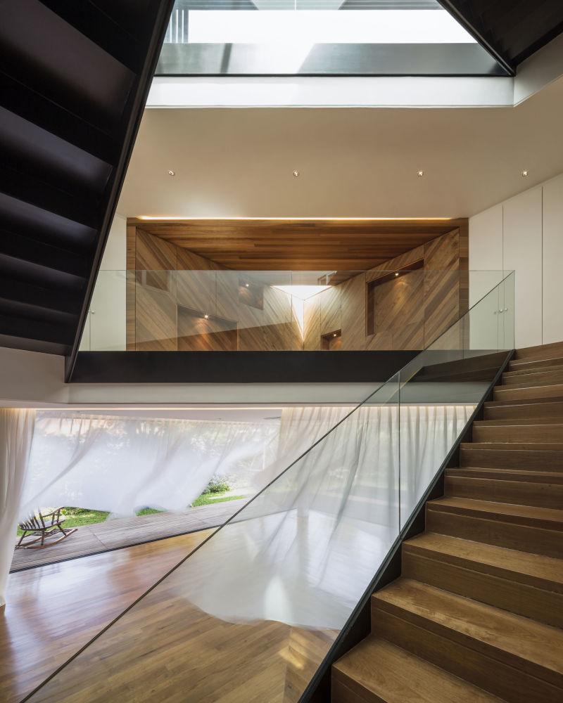 صورة للمنزل الخاص بان موم في بانكوك من قبل المصور، ويسون تونغثونيا، المتأهل للنهائي في فئة التصميم الداخلي