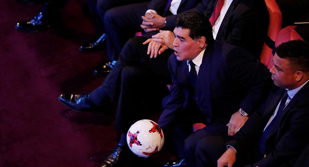 مارادونا في حفل جوائز الفيفا للأفضل في كرة القدم