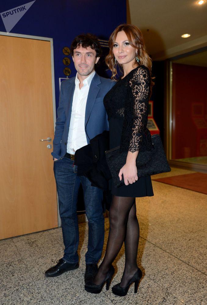 لاعب كرة قدم الروسي يوري جيركوف وزوجته إنّا