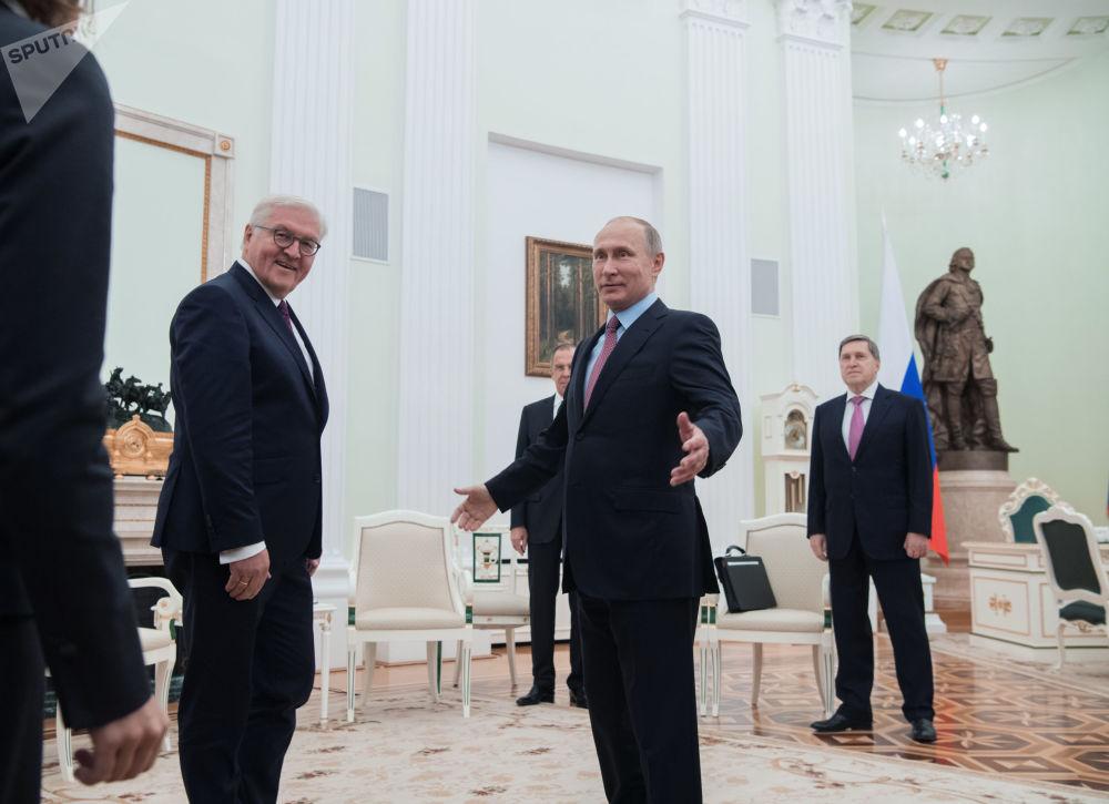 لقاء الرئيس فلاديمير بوتين والرئيس الاتحادي لجمهورية ألمانيا فرانك فالتر شتاينماير في موسكو