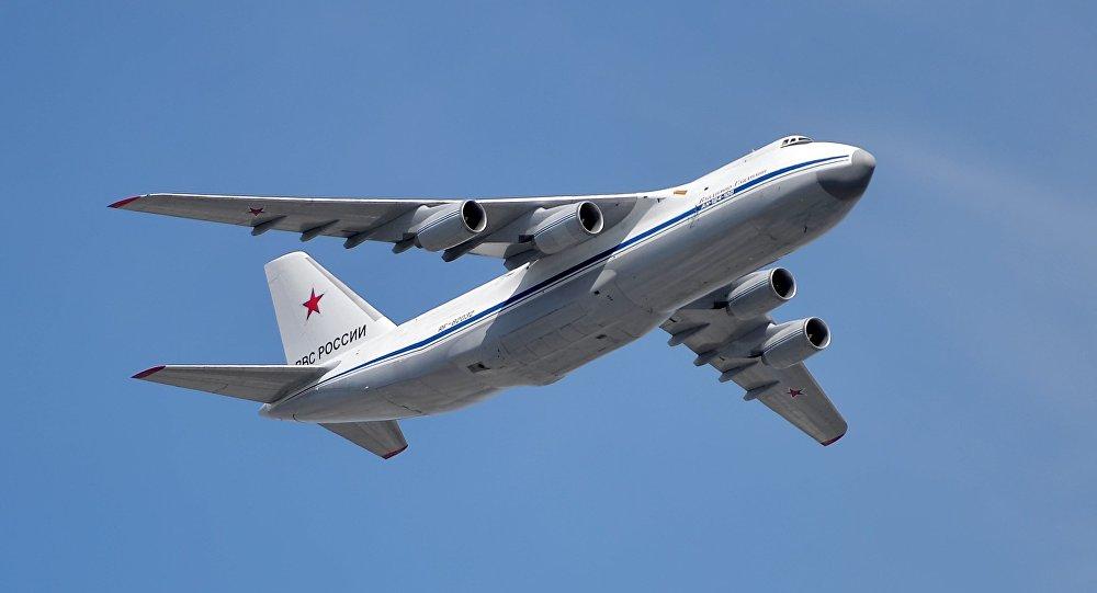 طائرة أن-124-100 روسلان
