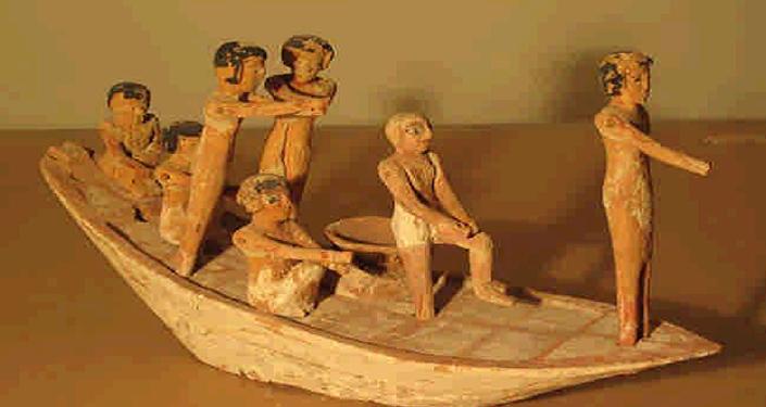 قوارب خشبية فرعونية