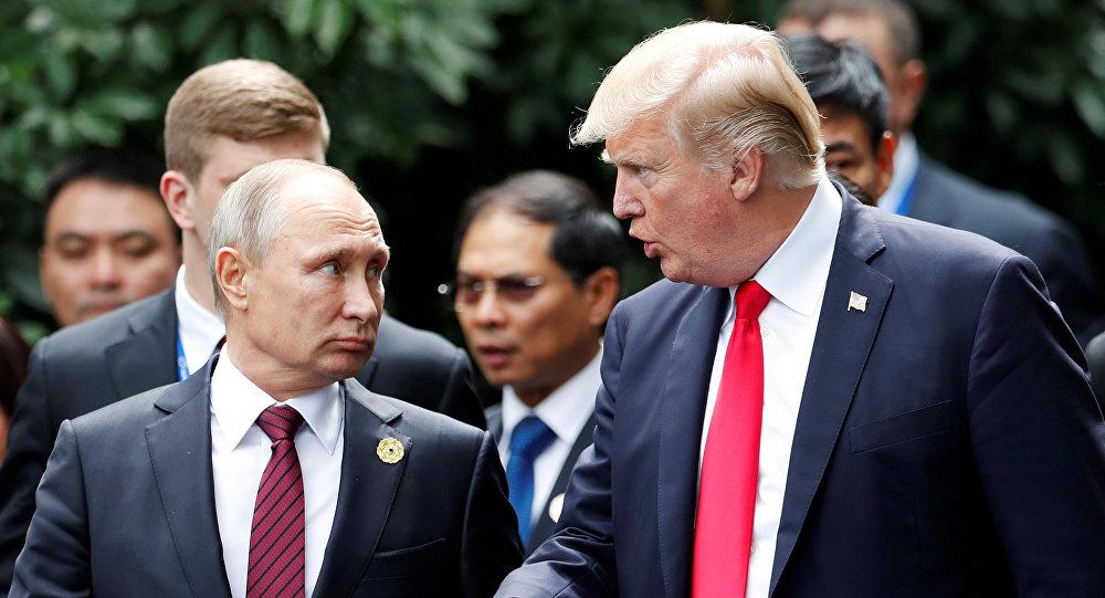 الرئيس الروسي فلاديمير بوتين والأمريكي دونالد ترامب