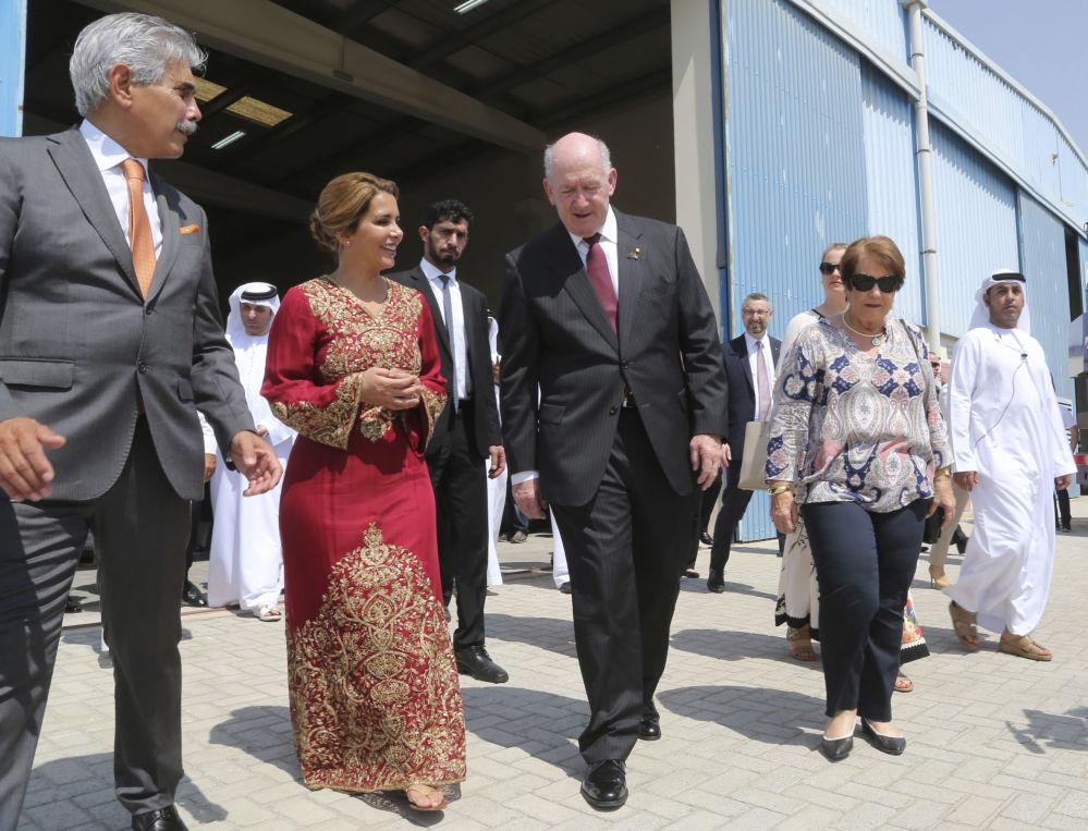 أميرة الأردن هيا بن الحسين (زوجة حاكم دبي) والحاكم العام الأسترالي بيتر كوسغروف في دبي، الإمارات العربية المتحدة 3 أكتوبر/ تشرين الأول 2017