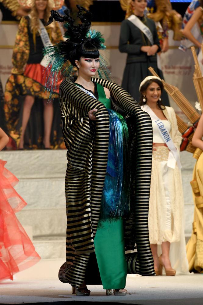ملكة جمال ميس انترناشنال 2017 في طويكيو، اليابان 14 نوفمبر/ تشرين الثاني 2017 - ممثلة اليابان ناتسوكي تسوتسوي