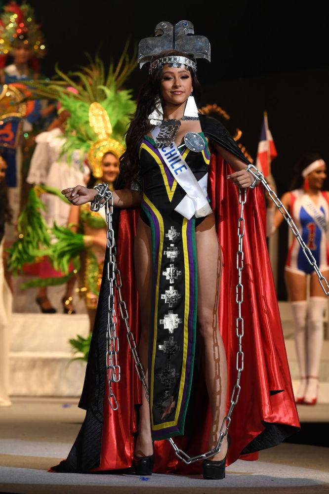ملكة جمال ميس انترناشنال 2017 في طويكيو، اليابان 14 نوفمبر/ تشرين الثاني 2017 - ممثلة تشيلي إستيفانا غاليوتا