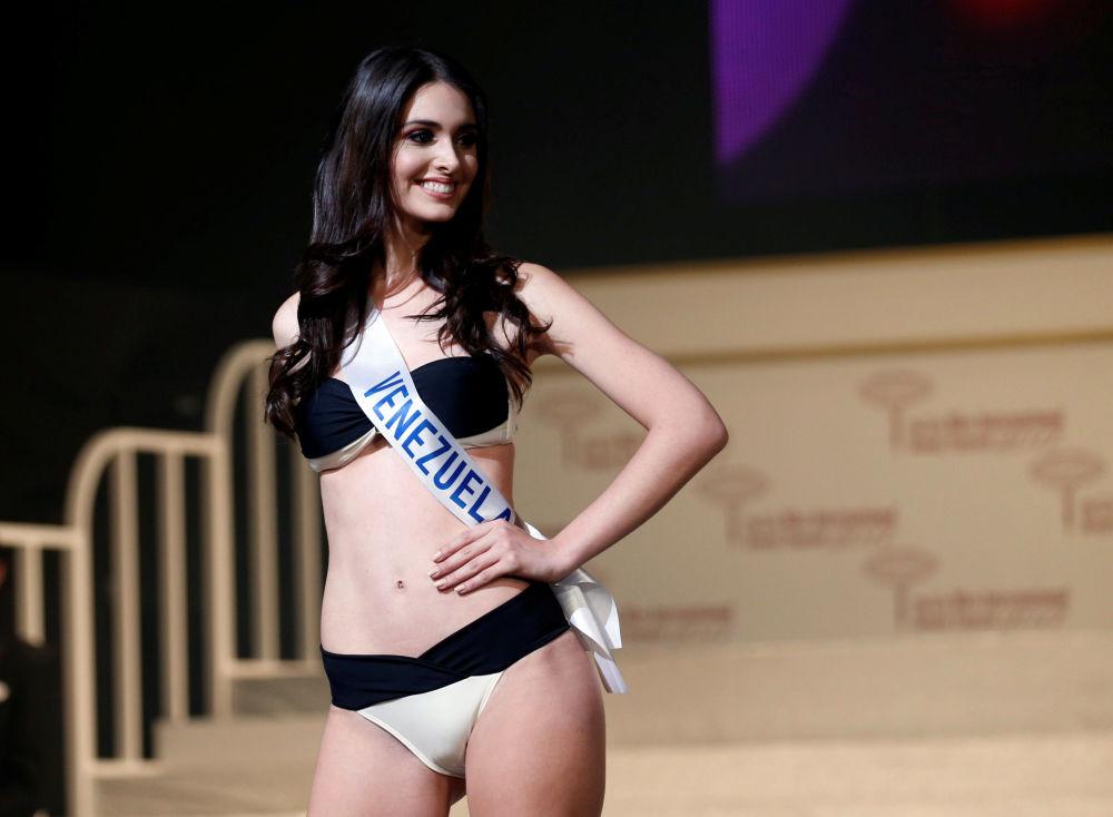 ملكة جمال ميس انترناشنال 2017 في طويكيو، اليابان 14 نوفمبر/ تشرين الثاني 2017 - ديانا ماكارينا كروسي غارسيا ممثلة فنزويلا