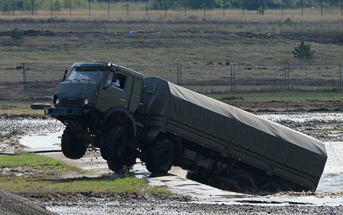 كيف-يتم-إصلاح-المركبات-العسكرية-أثناء-الحرب-(فيديو-وصور)