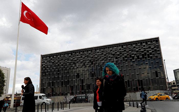 سكان إسطنبول ينتخبون رئيسا للبلدية