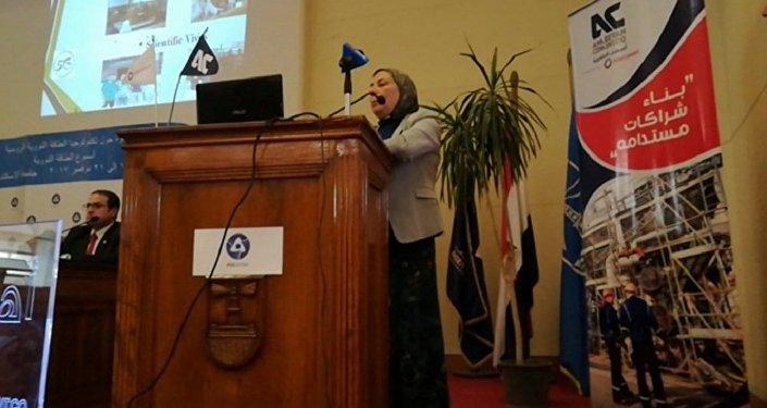 الدكتورة هناء أبو جبل رئيس قسم الطاقة النووية والإشعاعية بجامعة الإسكندرية