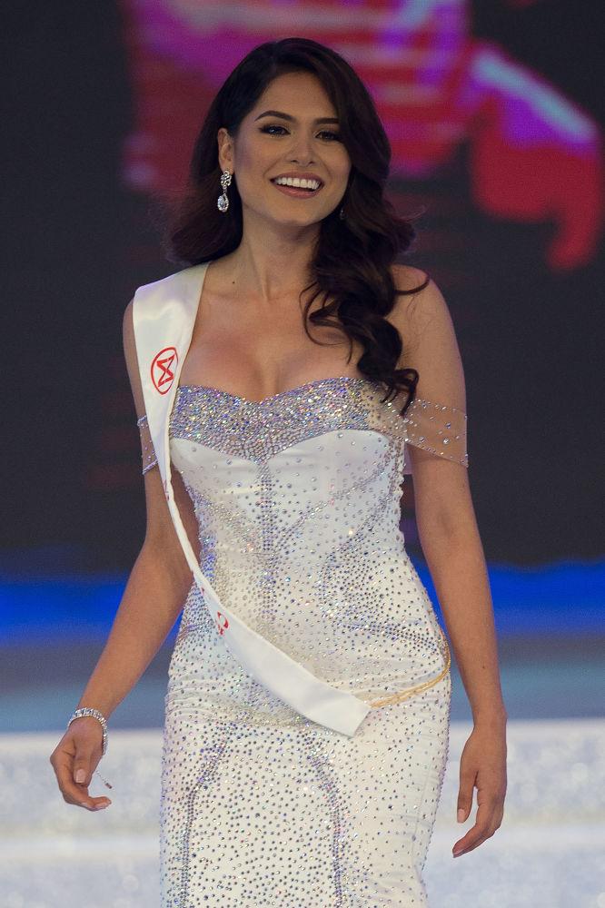 مسابقة ملكة جمال العالم 2017 في جزيرة هاينان في الصين - ممثلة المكسيك ألما أندريا ميزا كامرونا
