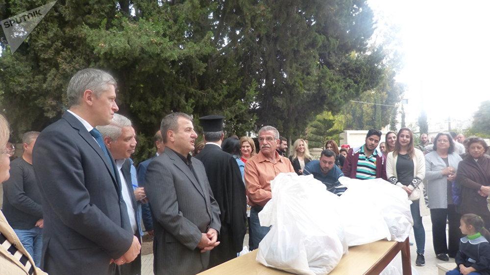 السفير البيلاروسي يشرف على المساعدات المقدمة إلى سوريا
